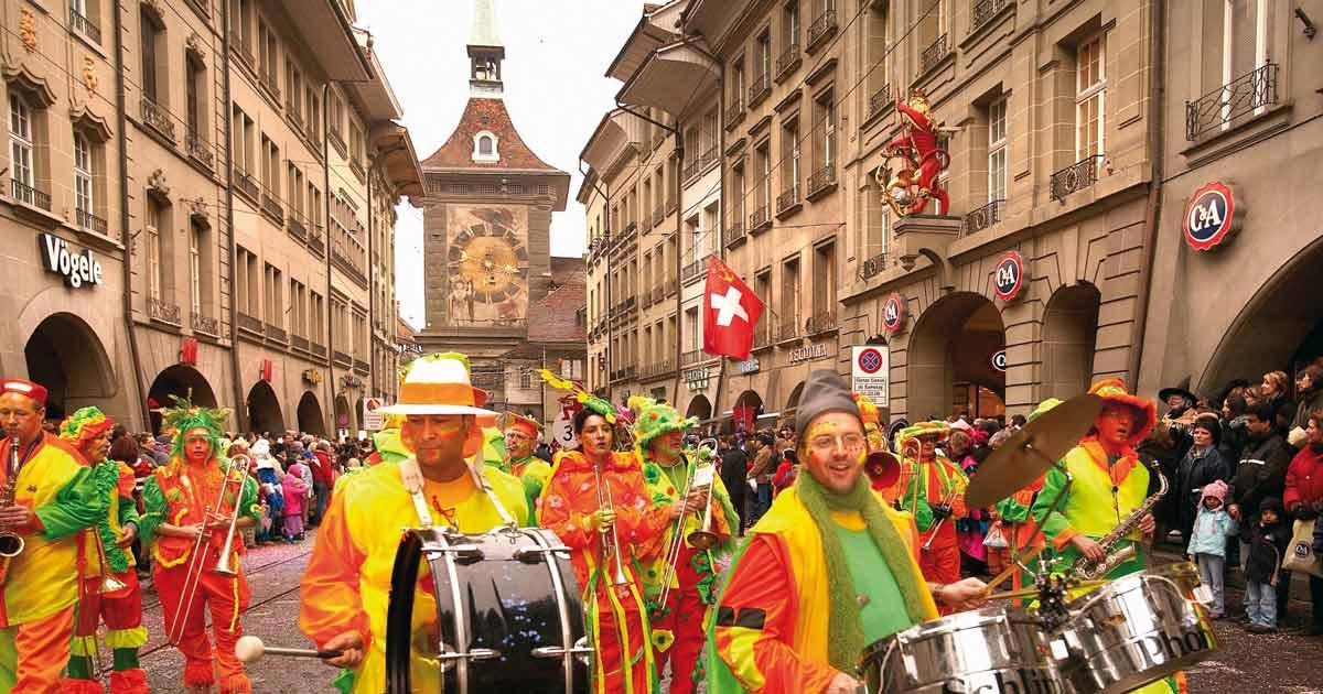 Carnevale di Basilea, una festa in piena follia