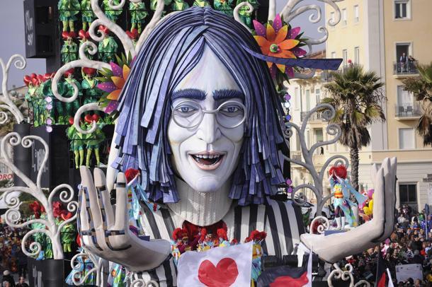 Viareggio carnival parade