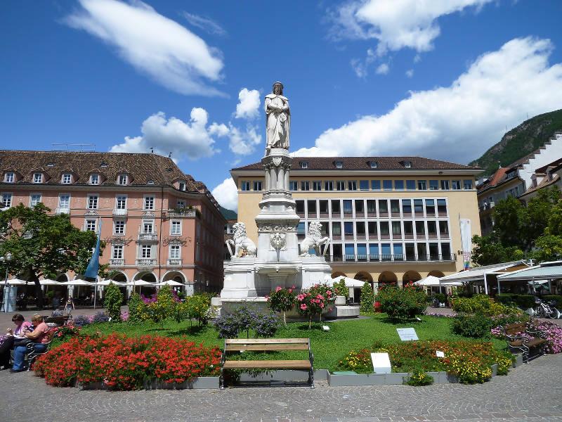 Cosa vedere a Bolzano- Piazza Walther