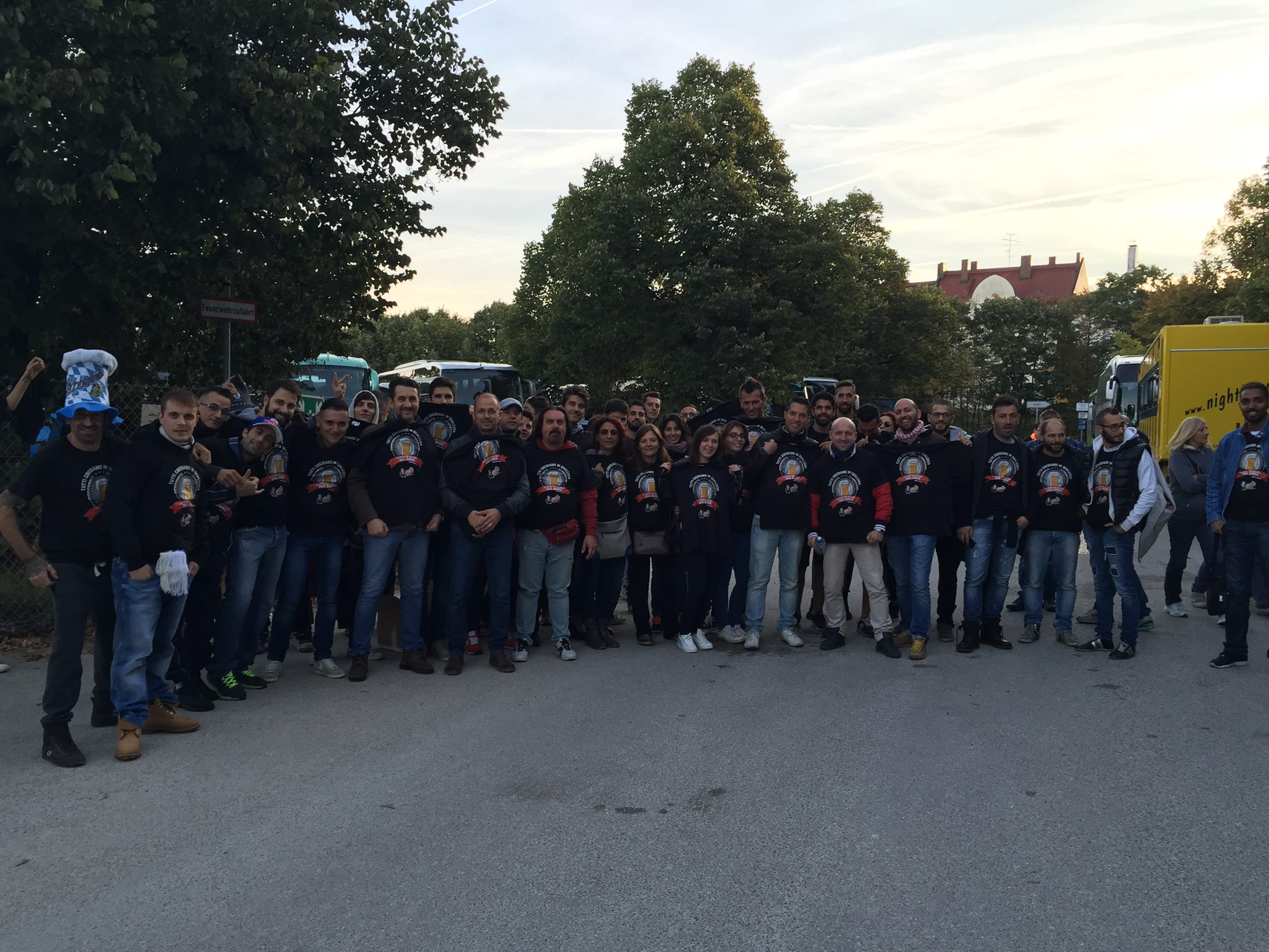 bus128-oktoberfest-clubmagellano