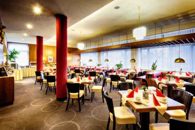 hotel-strada-romantica-sala-ristorante