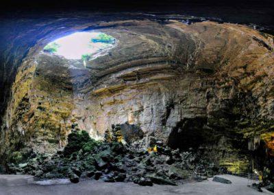 matera e tour puglia - grotte castellana