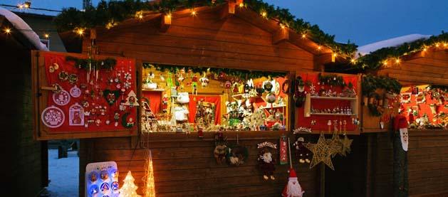 Mercatini Natale Livigno.Saint Moritz Il Trenino Rosso Del Bernina E Mercatini Di