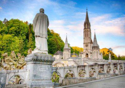 pellegrinaggio lourdes - basilica panorama