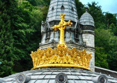pellegrinaggio lourdes - croce basilica