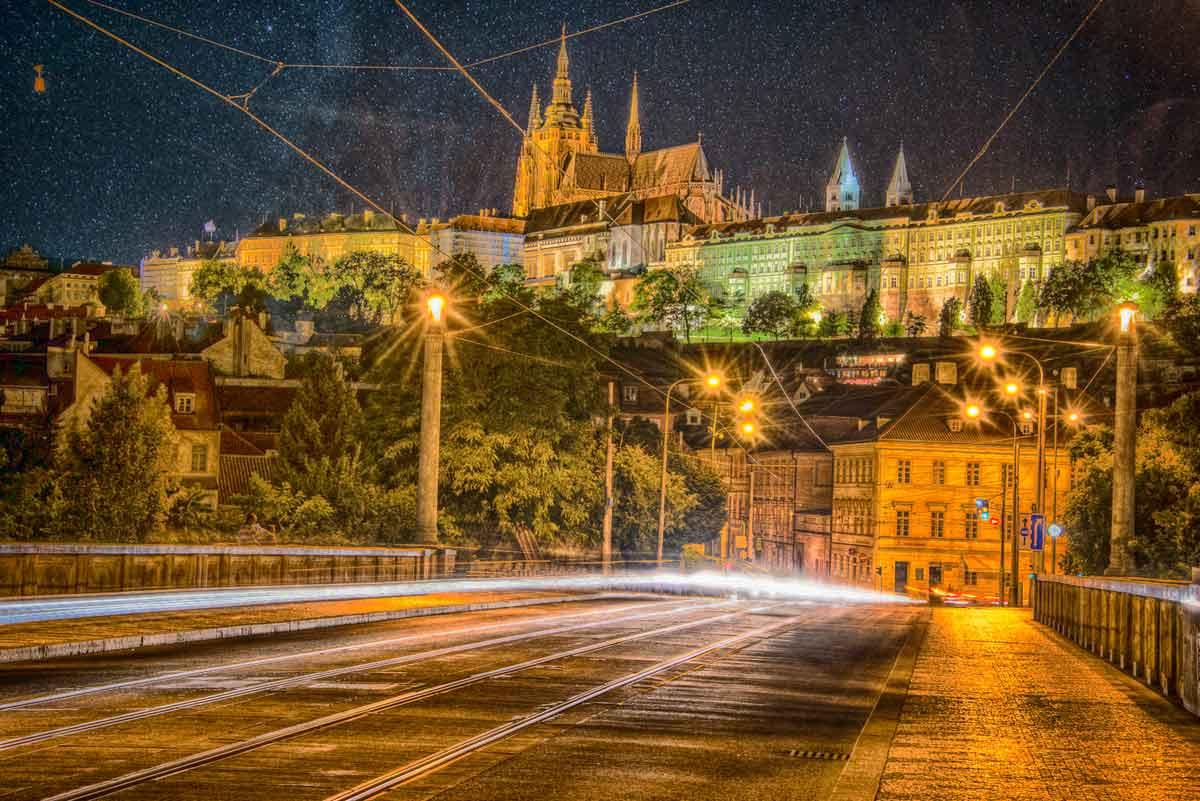 praga-ponte-giugno-notte