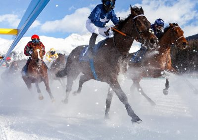 saint-moritz-capodanno-cavalli