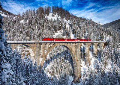 trenino-rosso-albula-coira-viadotto-neve
